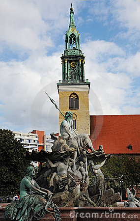 Marienkirche and Neptunbrunnen