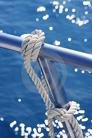 Free Marine Knot Detail Stainless Steel Boat Railing Royalty Free Stock Photography - 14810997
