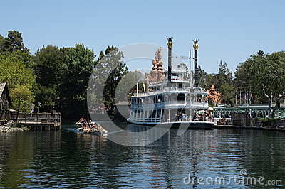 Mark Twain River Boat Disneyland Editorial Photo