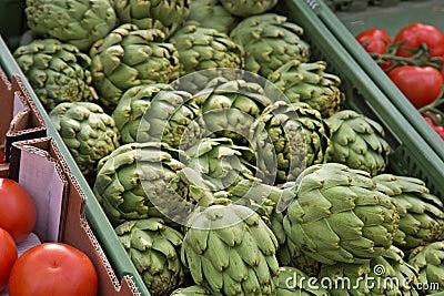 Market Organic Artichokes