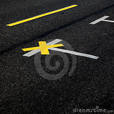 Markings on street pavement