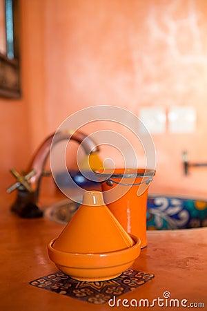 Marokkanische dekoration im traditionellen badezimmer stockfoto bild 45313259 for Marokkanische dekoration