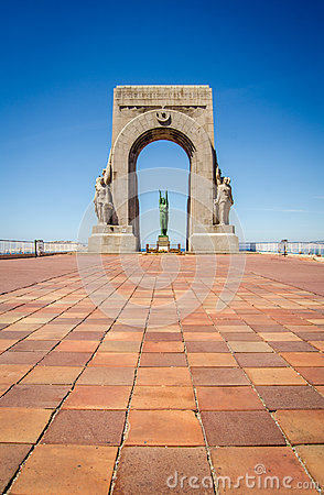 Free Marseille War Memorial Stock Photo - 40983140