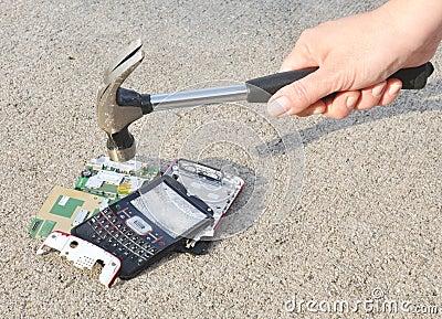 Martelo ao telefone celular