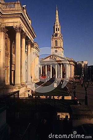 Martin-en--Campos del St y el National Gallery Fotografía editorial