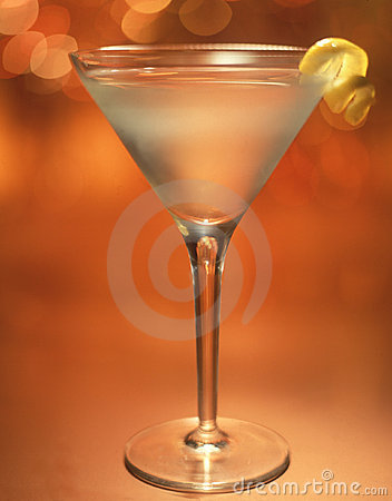 Free Martini With Lemon Twist Royalty Free Stock Image - 129006