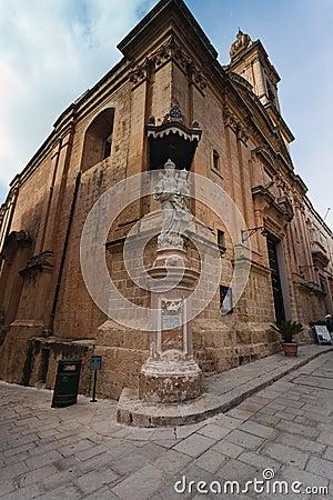 Mary and Jesus staue, Mdina, Malta
