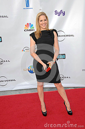 Mary McCormack at The Cable Show 2010: An Evening With NBC Universal, Universal Studios, Universal City, CA. 05-12-10 Editorial Photo