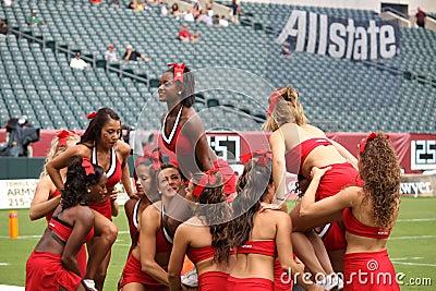 Maryland cheerleaders make a pyramid Editorial Photo