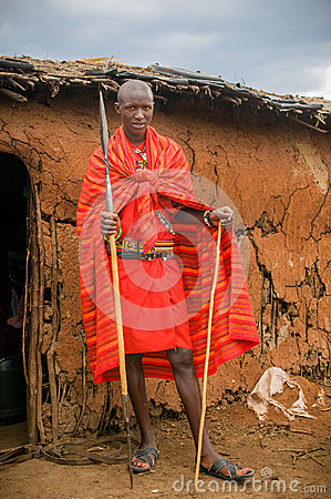 MASAI MARA, KENYA - September, 23: Ung Masaiman på September, Redaktionell Foto