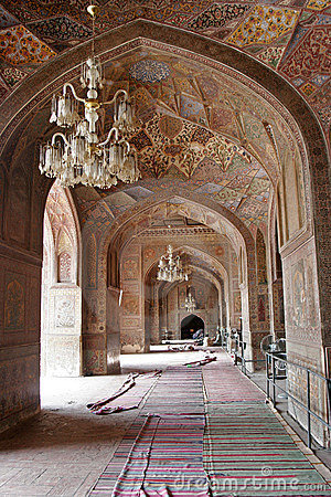 Free Masjid Wazir Khan Interior Royalty Free Stock Photo - 12039545