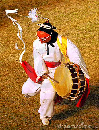 Free Mask Dancer With Drum Royalty Free Stock Photography - 4395697