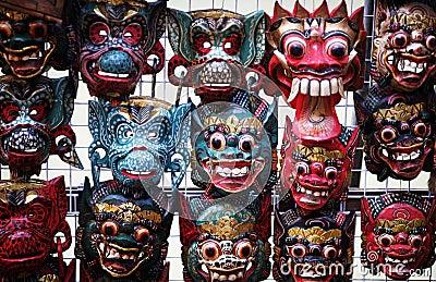 houten maskers indonesie