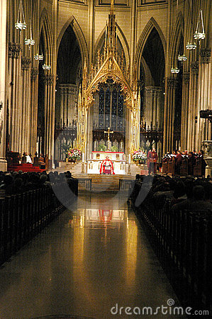 Mass at St. Patrick s Cathedral, NYC Editorial Photography