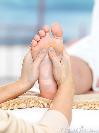 Massage on the foot