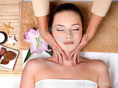 Massage for head in spa salon
