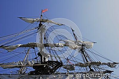 Maste und Takelung auf Dame Washington