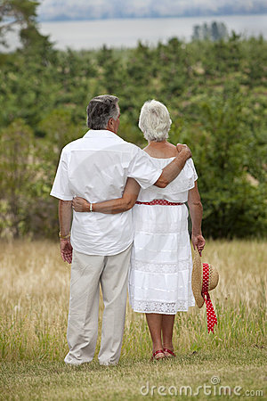 Free Mature Couple Outdoors Stock Photography - 13092882