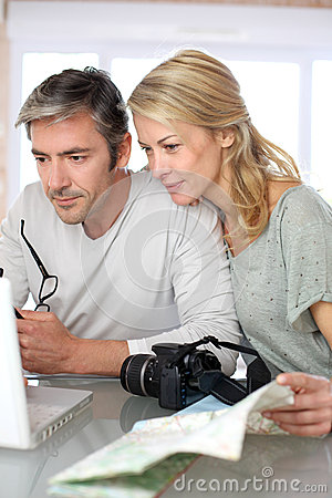 Free Mature Couple Planning A Travel Royalty Free Stock Photo - 65070675