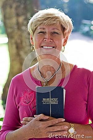 Free Mature Woman & Bible Stock Image - 5471351
