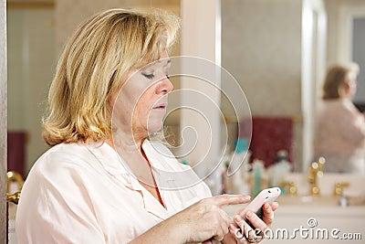 Mature woman morning e-mail