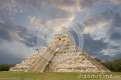 Maya pyramid, Chichen Itza