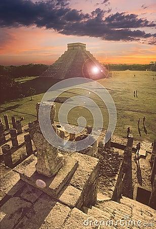 Free Mayan Pyramid At Chichen-Itza, Mexico Stock Photography - 23485792