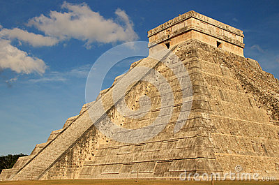Mayan pyramid of Kukulkan, Mexico