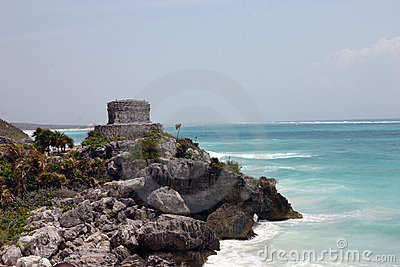 Mayan temple on the sea