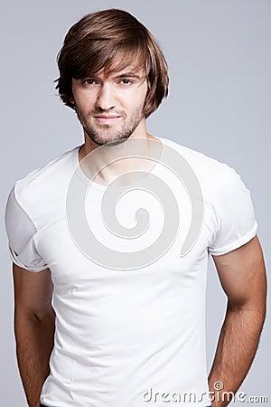 Mężczyzna koszula t biel