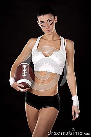 Mädchen des amerikanischen Fußballs