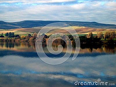 Meadowbank Lake Painted