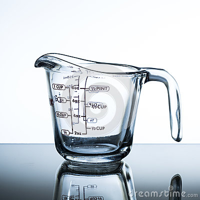 Free Measuring Cup Royalty Free Stock Photos - 60707548