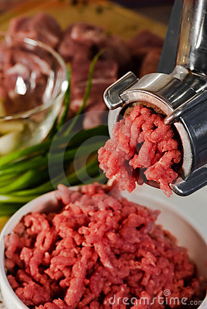 Free Meat Grinder And Mincemeat Royalty Free Stock Photo - 11801965