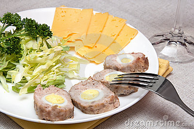 Meat roll with quail eggs