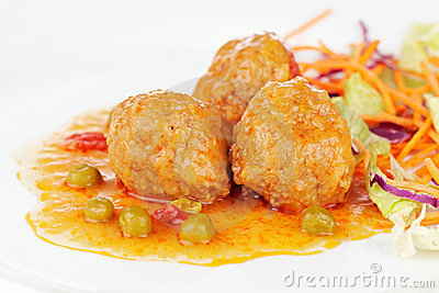 Meatballs with salad
