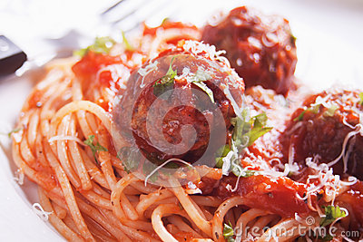 Meatballs with spaghetti pasta