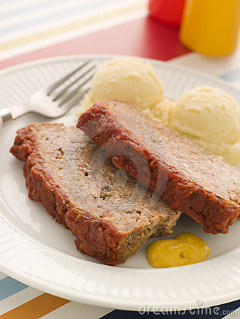 Meatloaf with Mashed Potatoe