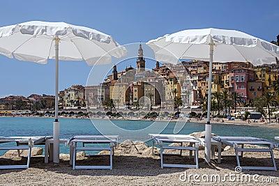 Medelhavs- semesterort av Menton - franska Riviera