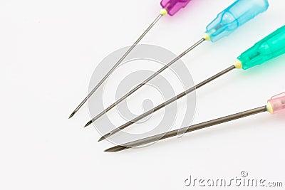 Medical syringe needle