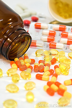 Free Medicine Bottles With Pills Stock Images - 1968034