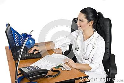 Medicinskt kontorsarbete för doktor