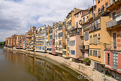 Medieval houses along the Onyar river - Girona