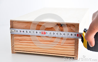 Medindo uma caixa com roleta