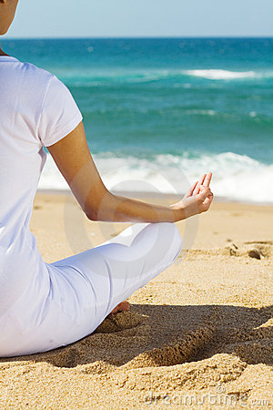 Meditatie op strand