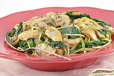 Mediterranean Chicken and Spinach Pasta