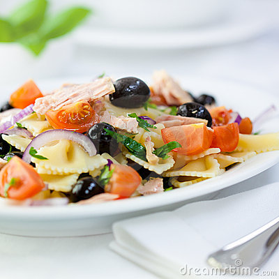 Free Mediterranean Pasta Salad With Tuna Royalty Free Stock Photo - 18132255