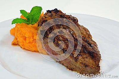 Medium Rare Beefsteak with Sweet Potato