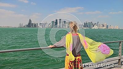 Meerblick Dohas Corniche stock footage