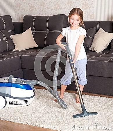 Meisje die de ruimte schoonmaken - Foto tiener ruimte meisje ...